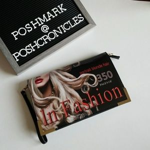 """In Fashion"" Crossbody/clutch bag ***MUST HAVE***"